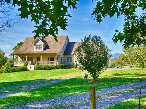 Picture Perfect Setting : Reva : Madison County : Virginia
