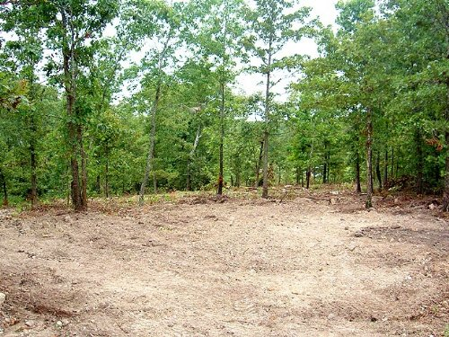 3.2 Acre Property With Utilities : Willow Springs : Howell County : Missouri
