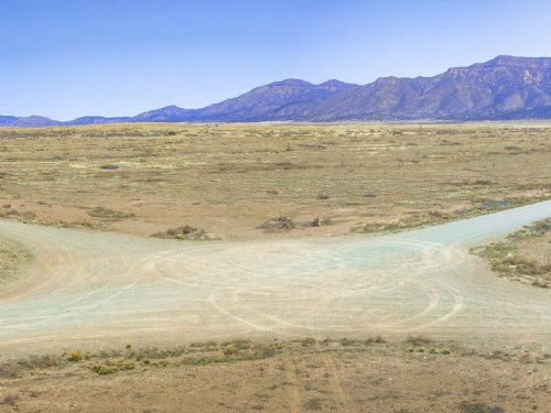 6.75 Acres : Los Lunas : Valencia County : New Mexico
