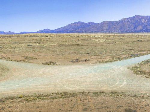 Los Lunas- The New Silicon Valley? : Los Lunas : Valencia County : New Mexico