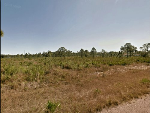 Cheap Lot For Sale- Owner Finance : Lehigh Acres : Lee County : Florida