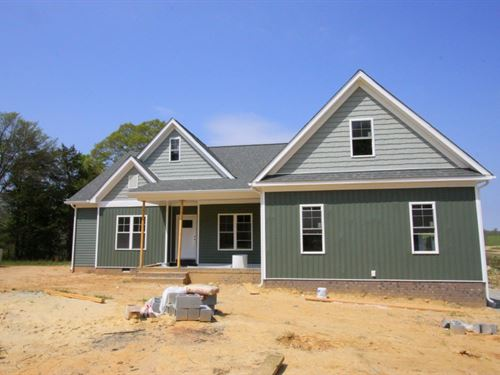 New Home On Nearly 12 Acres : Powhatan : Virginia