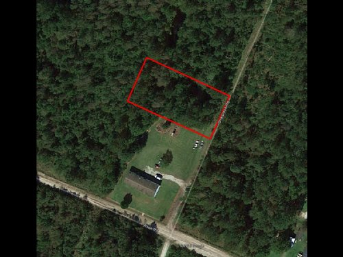 1/2 Acre Lot Near Jacksonville : Maple Hill : Pender County : North Carolina