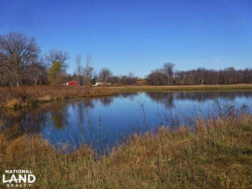 Lancaster Farm & Fish : Hallam : Lancaster County : Nebraska