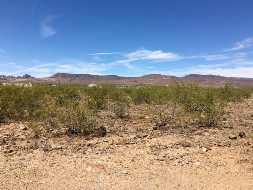Warm Weather Mountain Views : Golden Valley : Mohave County : Arizona