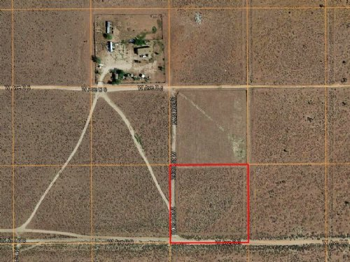 1.3 Acres Of Agricultural Land : Lancaster : Los Angeles County : California
