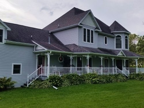 Country Home W/ Acreage For Sale : Readstown : Vernon County : Wisconsin