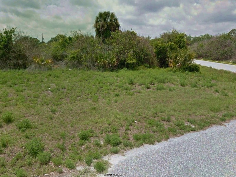 Lot Near The Famous Warm Mineral : North Port : Sarasota County : Florida