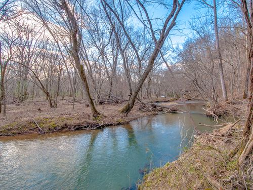 300 Acre On Swan Creek : Duck River : Hickman County : Tennessee