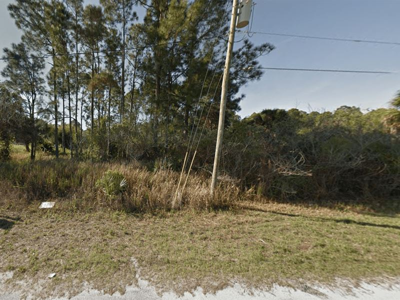 Buildable Lot In Palm Bay : Palm Bay : Brevard County : Florida