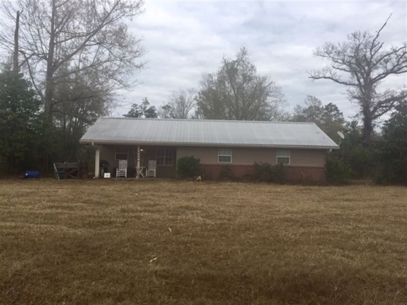 122 Acres With 3Br/2Ba Home : Carriere : Pearl River County : Mississippi