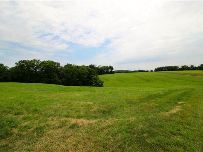 123+/- Acre Farm, Home, Outbuilding : Millville : Columbia County : Pennsylvania