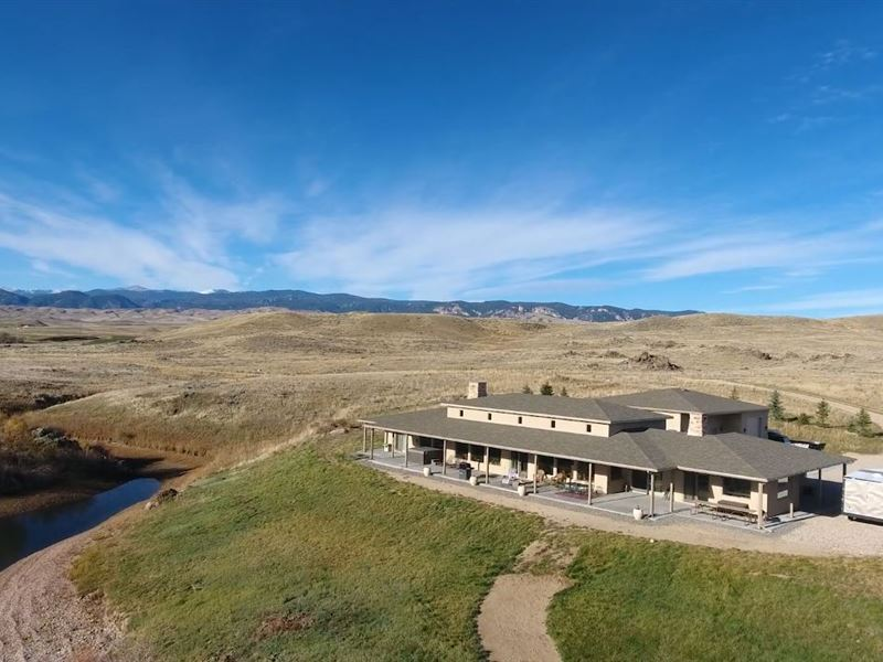 Waterfront Lake House : Buffalo : Johnson County : Wyoming