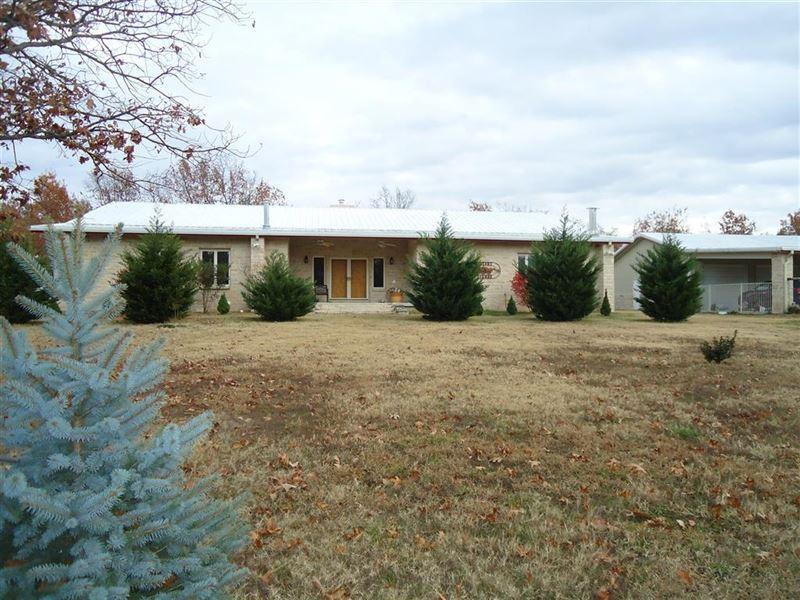 328 Acres M/L, 2 Homes : Hulbert : Cherokee County : Oklahoma