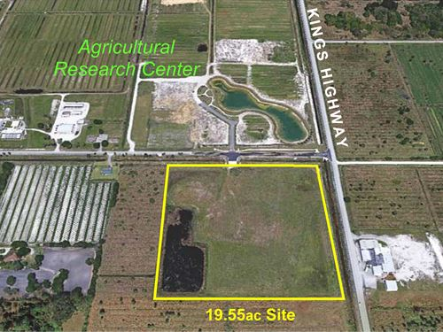 19.5Ac Ready-To-Build Corner Site : Fort Pierce : Saint Lucie County : Florida
