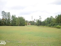Fayetteville Road Commercial Land : Raeford : Hoke County : North Carolina
