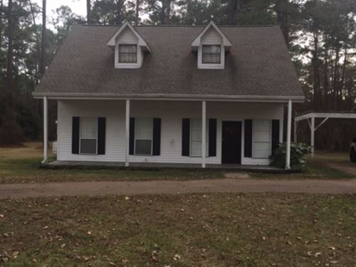 Home On 3.3 Acres In Summit : Summit : Pike County : Mississippi