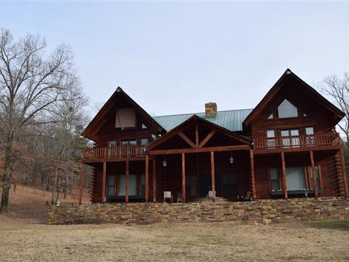 700 +/- Acres With Lodge Style Home : Marble City : Adair County : Oklahoma