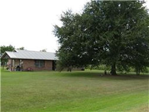 Home And Land Close To Town : Hockley : Harris County : Texas