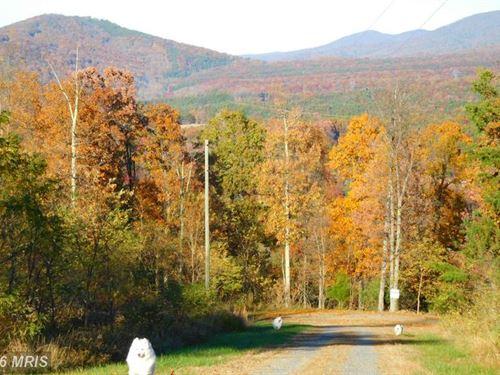 Nice View In Wv : Moorefield : Hardy County : West Virginia