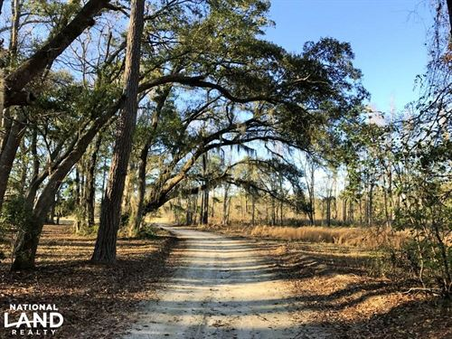 Seabrook Huspa Creek Drive Resident : Seabrook : Beaufort County : South Carolina