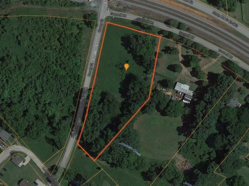 ,Reduced, Large Corner Lot In Wel : Wellford : Spartanburg County : South Carolina