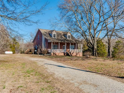 5 Acres & Brick Home : Only : Hickman County : Tennessee