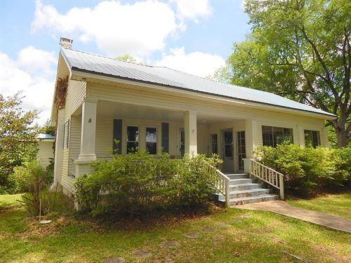 Oak Grove Road 136 124255 : Prentiss : Jefferson Davis County : Mississippi