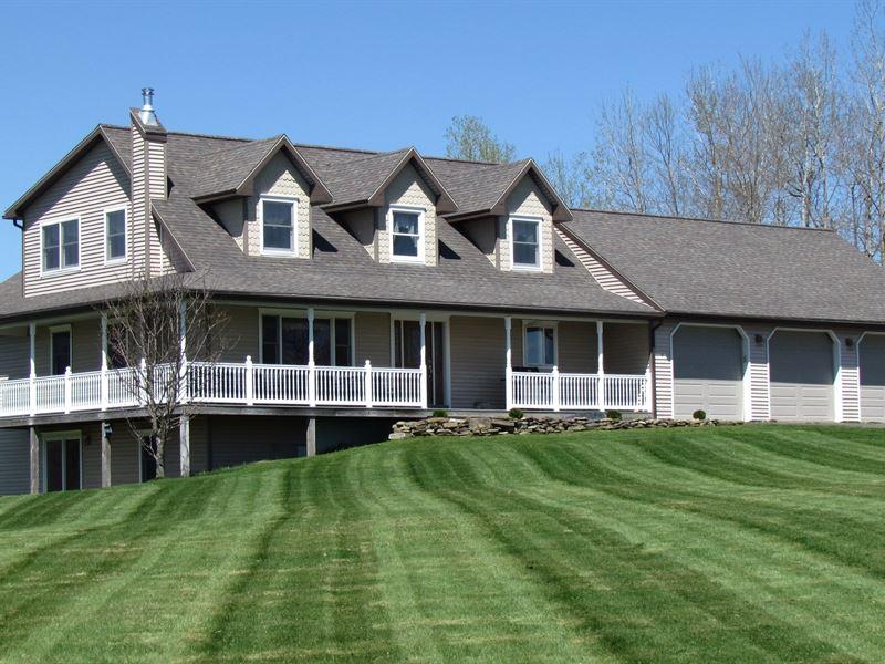 Contemporary Home Barns Binghamton : Willet : Cortland County : New York