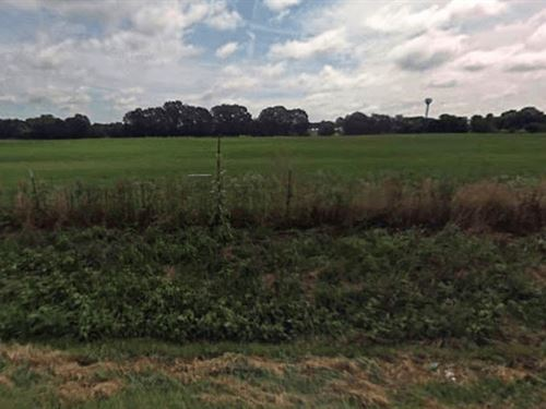 50 Acres In West Frankfort, IL : West Frankfort : Franklin County : Illinois