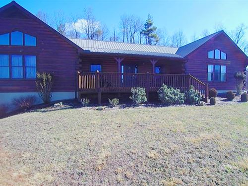 Large Log Cabin With Big Views : Elk Creek : Grayson County : Virginia