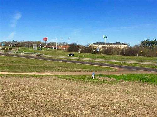 7.80 Acres/30739 : Mt.Pleasant : Titus County : Texas