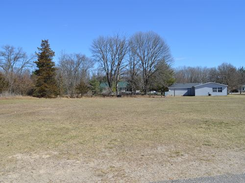 Lot 20 Buildable Rural Country Lot : Oxford : Marquette County : Wisconsin