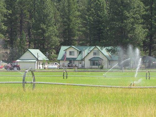 Majestic 69+ Acre Horse Ranch : Beatty : Klamath County : Oregon
