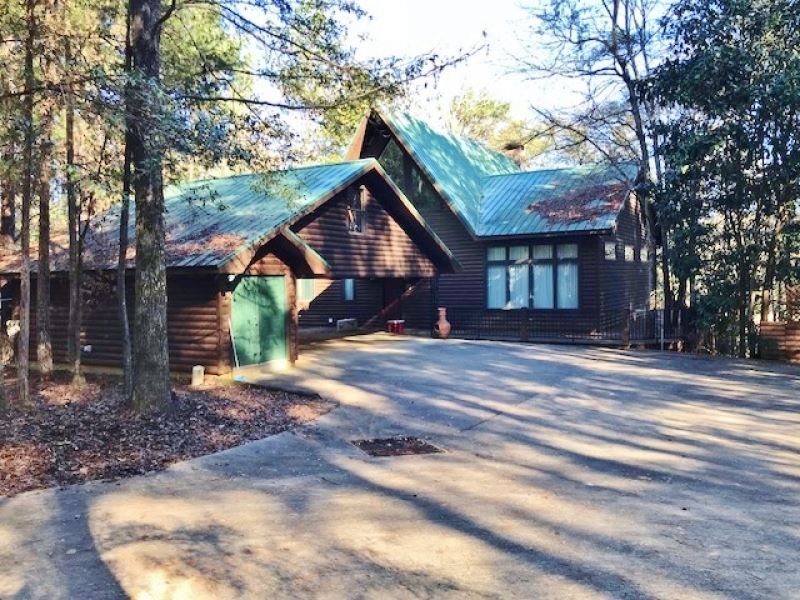 Reduced, Hunting Land With Lodge : Heidelberg : Clarke County : Mississippi