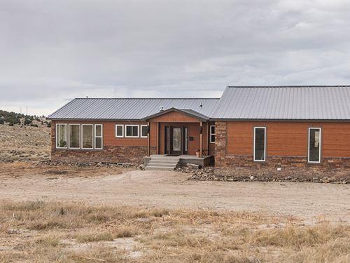 Custom Home Bordering State Land : Glendo : Platte County : Wyoming