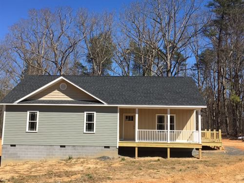 New Home On 3 Acres : Cartersville : Cumberland County : Virginia