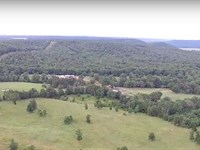 Executive Home On 416 Acres +/- : Tahlequah : Cherokee County : Oklahoma