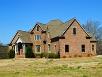 Reduced Immaculate Home On 77 Acres : Buffalo : Union County : South Carolina