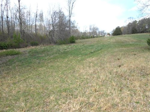 Beautiful Acreage With Pond : Yuma : Carroll County : Tennessee