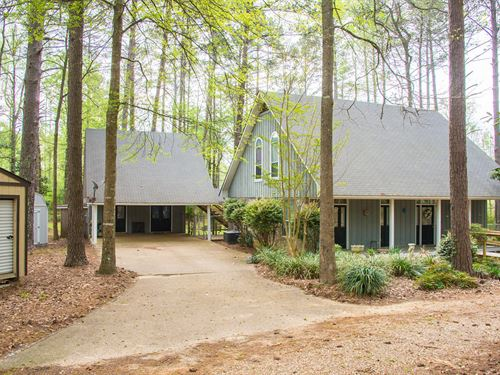 Secluded Home On 6.5+/- Acres : Brookhaven : Lincoln County : Mississippi