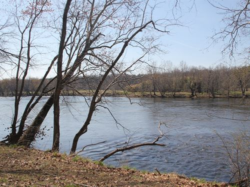 Riverfront- 18 Acres, Home, & Cabin : Buckingham County : Virginia