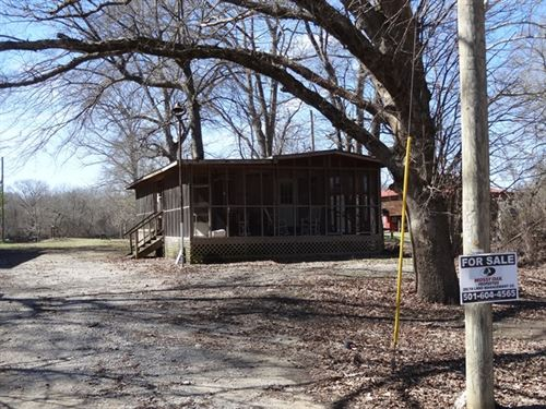 Taylor Bay Waterfront Camp : Augusta : Woodruff County : Arkansas