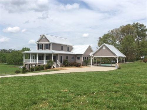 3 Bd/ 3.5 Ba Farm Home On 6 +/- Ac : Rydal : Bartow County : Georgia