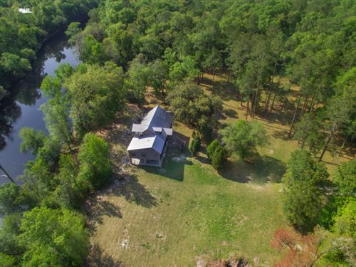 23 Acres On The Suwannee River : Live Oak : Suwannee County : Florida