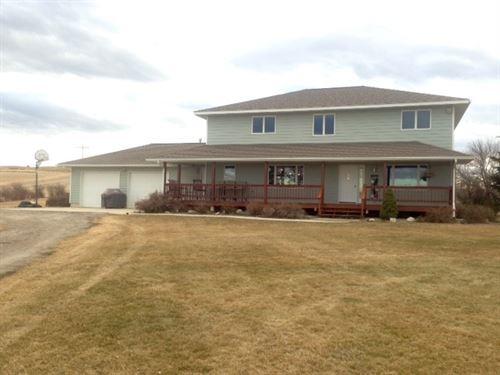 Central Montana Custom Home : Denton : Fergus County : Montana