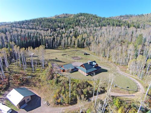 Elk Spirit Lodge : Meeker : Rio Blanco County : Colorado