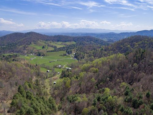 Jewel In The Blue Ridge Mountains : Marshall : Madison County : North Carolina