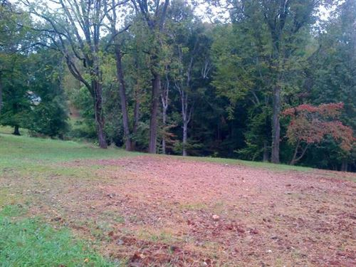5.46 Acre Tract Ready For New Home : Clarksville : Montgomery County : Tennessee
