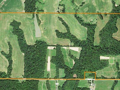 Incredible Hunting Farm : El Dara : Pike County : Illinois